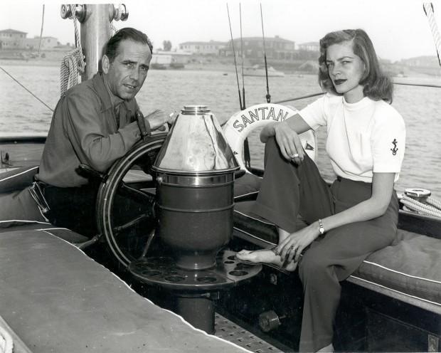 Хамфри Богарт вместе с возлюбленной Лорен Бэколл