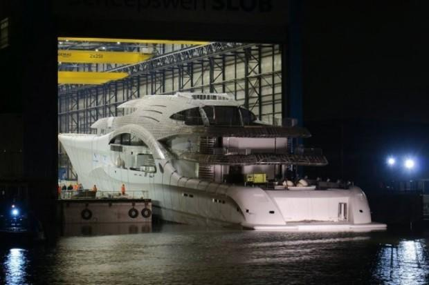 main_Project-1007-launch-photo-credit-Dutch-Yachting-665x443