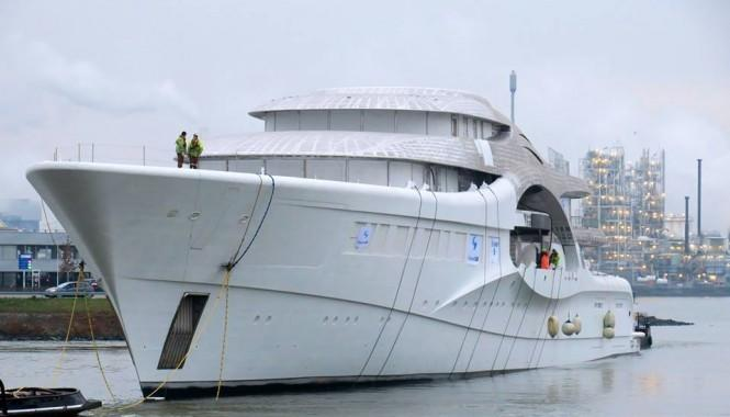 main_Project-1007-photos-by-dutch-yachting-2-665x380